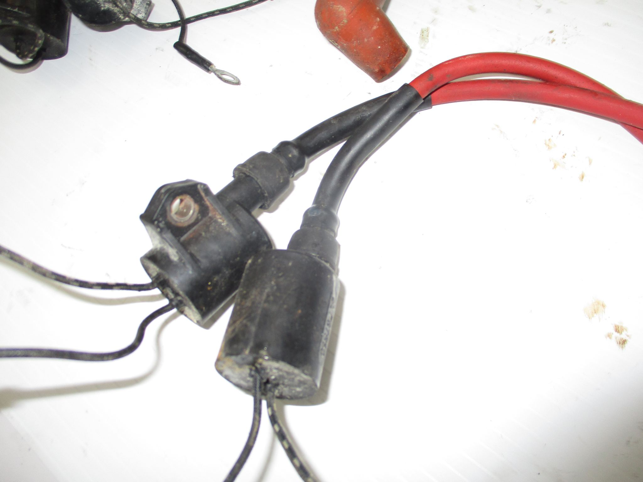 2002 YAMAHA 150 HP OX66 SALTWATER SERIES IGNITION COIL #61A-85570-00-00